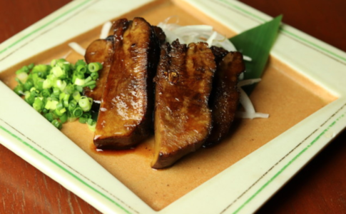 肉料理の写真